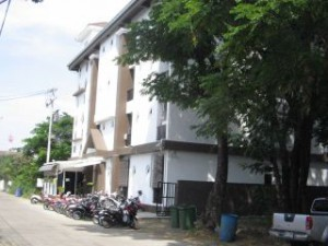 Buriram Ranisa Appartments 014.jpg-for-web-normal